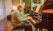 Ричард Клайдерман свири у нас на 3-метров роял