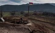 Макрон зове за незабавно изтегляне на азербайджанските войски