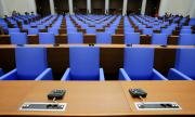 Депутатите решават окончателно за извънредния труд в МВР