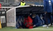 Треньор колабира по време на мач в Италия
