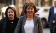 "В понеделник Манолова внася жалбата срещу заповедта за ""зеления сертификат"""