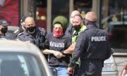 Акция на ГДБОП и СДВР в София, има задържани
