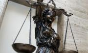 Съдят пияни ученици, пребили и обрали жена в Пловдив