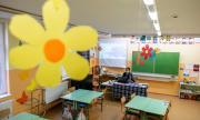 Унгарските училища остават затворени
