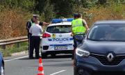 Трима ранени при удар между мотор и кола в Бургаско