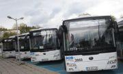 Протест спира автобусните превози, таксита блокират центъра на София