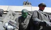 Шаренкова и Заимов спориха за Паметника на съветската армия