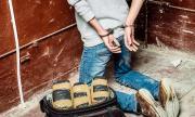 Хванаха фалшива линейка с над 100 кг кокаин