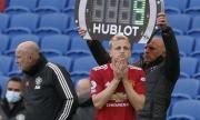 Агентът на нов в Юнайтед беснее: Защо го пуснаха за последните четири минути в мача?