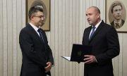 Радев връчи мандата на ИТН: Кой е Пламен Николов?