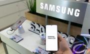 Samsung също може да спре да продава смартфоните си със зарядно