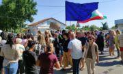 Село Стожер излезе на протест заради безводието