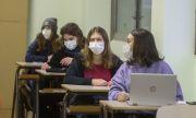Трета вълна! Португалия затваря всички училища за най-малко 15 дни