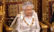 Кралицата даде преходен период на Хари и Меган