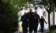 Двама арестувани след атаката в Париж