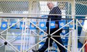 Борис Джонсън ограничава ролята на Huawei в 5G