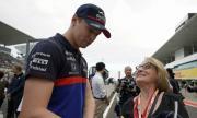 Звезда от Формула 1: Не искам да коленича заради борбата с расизма