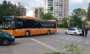 Останал без шофьор автобус потегли и катастрофира