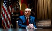 Тръмп притиснат от съда