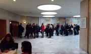 Българи чакат часове, за да гласуват в Германия