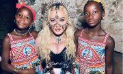 Мадона показа СНИМКИ от рождения ден на близначките си