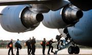 Десетки държави изпратиха помощ в опустошената столица на Ливан