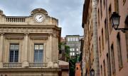 Минимум 62 000 EUR годишен доход, за отпускането на ипотека