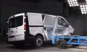 ANCAP: Не купувайте микробус от Mitsubishi. Опасен е! (ВИДЕО)