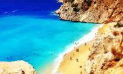Гръцкият туризъм губи половин милиард евро