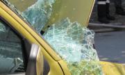 Млад шофьор е в болница, катастрофирайки с бясна скорост
