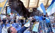 Лацио уволни дресьора на орела-талисман за нацистки салюти (ВИДЕО)