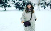 Радина Кърджилова на първа разходка в първия сняг със семейството (СНИМКА)