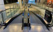 Варна затвори музеите, остави моловете