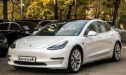 Най-евтината Tesla: Какви употребявани екземпляри от Model 3 се продават у нас