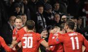 АЗ Алкмаар иска от УЕФА мястото на Аякс в Шампионската лига