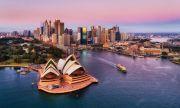 Австралия планира да ваксинира всички желаещи до края на годината