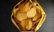 Защо пакетчетата с чипс са пълни само до половината?