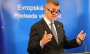 Премиерът на Чехия не приема позиция на ЕС