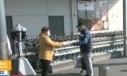 В Бургас раздават предпазни маски на пазаруващите възрастни