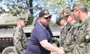 Каракачанов е горд с модернизацията на армията