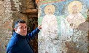Станислав Младенов: Църква от 4-ти век стои заключена с катинар и се руши заради бездействието на управляващите