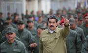 Само армията държи Мадуро на власт