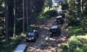 Забраната не спира джиповете към Рилските езера
