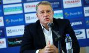 Иво Ивков: Няма да ви лъжа - лицензът на Левски виси постоянно