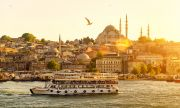 Масова ваксинация за работещите в туризма в Турция