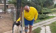 Борисов насочва кучето Борко към Севда: Дръж тая кака, има мръвки (ВИДЕО)