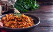 Рецепта за вечеря: Пикантно сотирано зеле