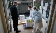 ЕС прехвърля медици в Словакия, която вече е на ръба