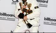 """Кой обра статуетките на наградите на """"Билборд""""? (СНИМКИ)"""