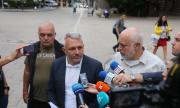 Адв. Хаджигенов: Ще ни задържат, образували са дело за измяна